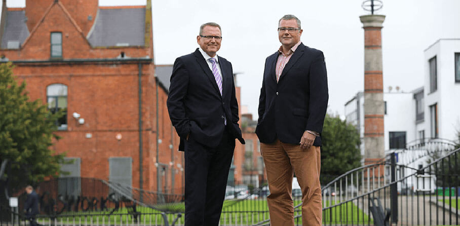 Bitwise - Pictured (L-R) are Derek Andrews, Head of International Investment, Invest NI with Ross Wootton, Head of Strategic Projects and NI Site Lead, Bitwise