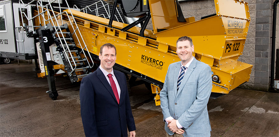 Kiverco - Pictured (L-R) are Steve Harper, Executive Director of International Business, Invest NI with John MeGarry, Head of Sales, Kiverco