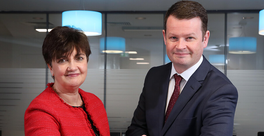 Seopa - Pictured (L-R) are Grainne McVeigh, Director of Scaling, Invest NI with Greg Wilson, CEO, Seopa.